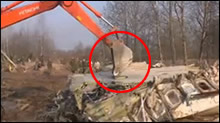 Polish Air Crash In Russia - Destruction of evidence at the crash site, Photo 03